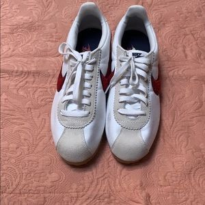 Nike cortex